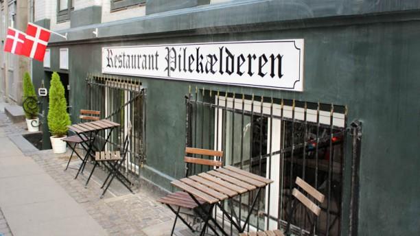 Restaurant Pilekælderen terrass