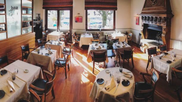 Restaurant-Terrasse-Lakeview Le Rivage Notre salle à manger