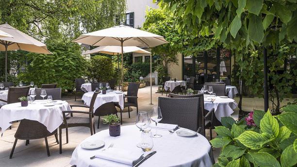 Najeti Restaurant le Relais Salle