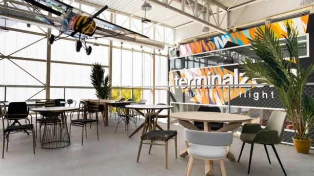 Terminal Zero Vista de la sala