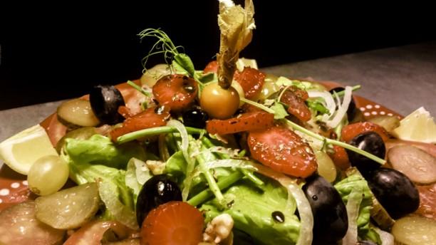 Tasca Caseira Saladas variadas