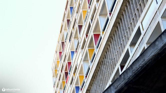le ventre - Le Ventre de l'Architecte - Hôtel Le Corbusier, Marseille