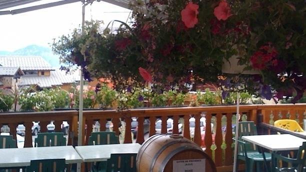 La Petite Taverne Vue de la terrasse