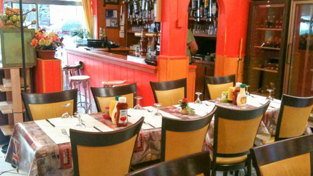 le soleil de kabylie restaurant 94 rue de noisy le sec. Black Bedroom Furniture Sets. Home Design Ideas