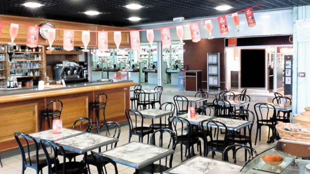 Brasserie le Central Vue salle