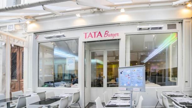 Tata Burger Bienvenue chez Tata Burger, Paris 4ème