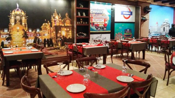 Bombay Grill Vista de la sala