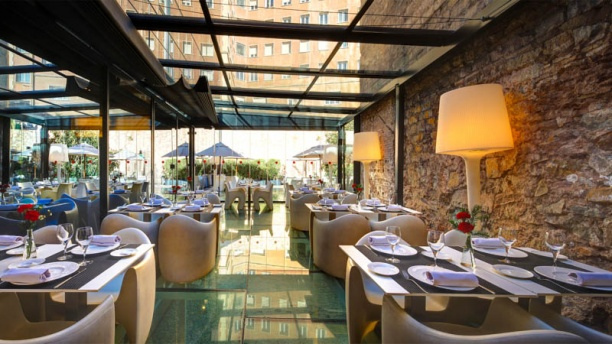 Nineteen Hotel Olivia Plaza In Barcelona Restaurant Reviews