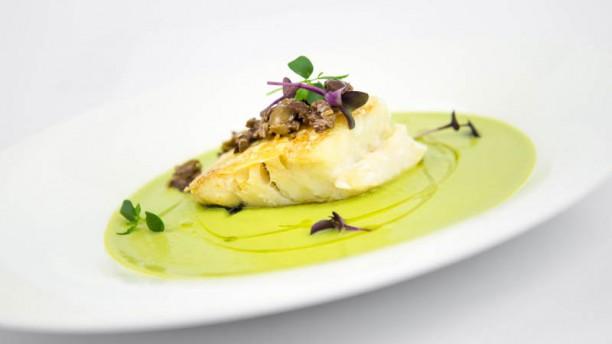 La Piazzetta Baccalà al vapore su crema di broccoletti e olive taggiasche
