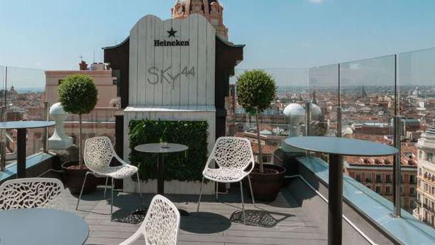 Sky44 In Madrid Restaurant Reviews Menu And Prices Thefork