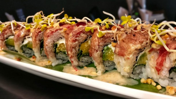 Yado Sushi Piatto