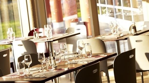 Campanile Saint-Avold Salle du restaurant