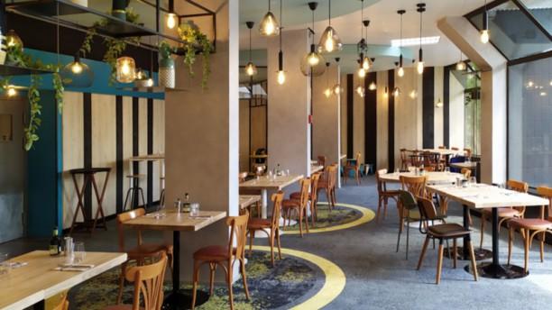 LA CHICANE - Brasserie Maison Salle du restaurant