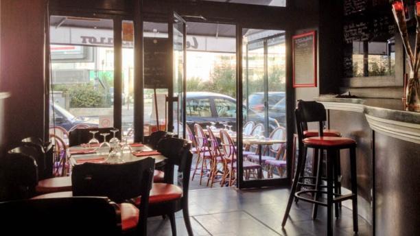 Le petit maillot restaurant 269 boulevard p reire 75017 - Restaurant le congres paris porte maillot ...