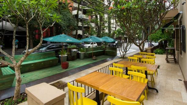 Banana Café Esplanada