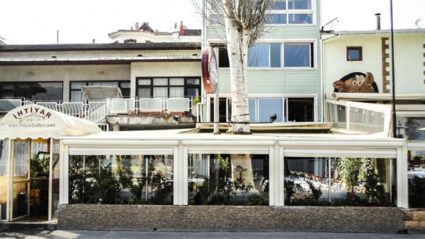 İhtiyar Balıkçı Restaurant outside