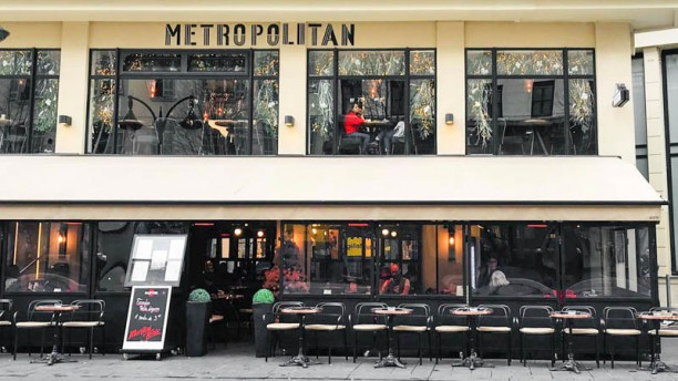 Le Metropolitan Entrée