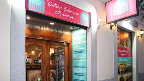 Plaza Mañanitas Entrada