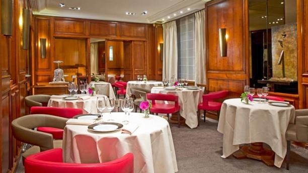 Restaurant michel rostang nicolas beaumann paris 17 me for Restaurant michel rostang