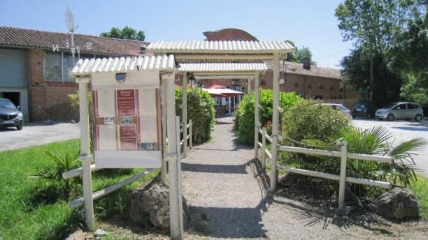 Restaurant le jardin pamplemousses escalquens menu - Jardin majorelle prix d entree ...