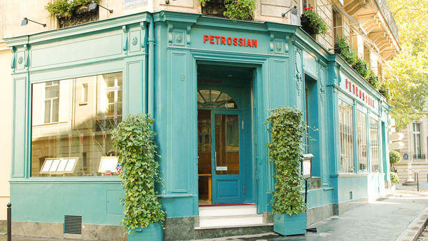 Le 144 - Petrossian Façade du restaurant