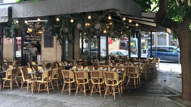 Lezard Café Terrasse