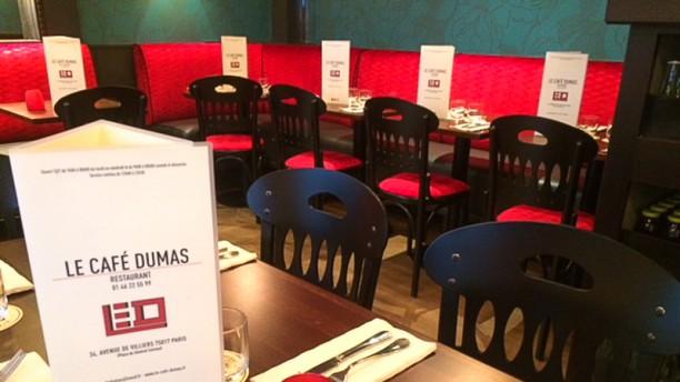 Le Café Dumas Sallle de restaurant