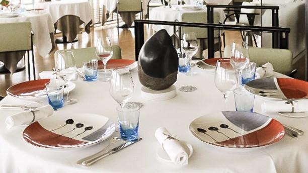 L'Atlantide - Jean-Yves Gueho Table dressée