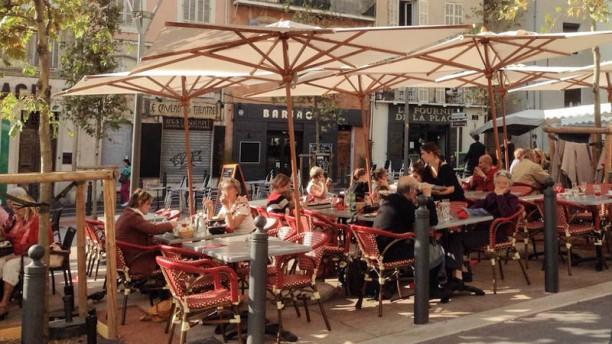 Le Montmartre Terrasse