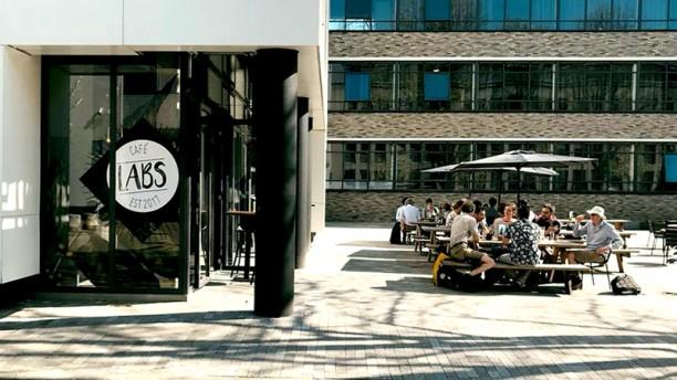 Café Labs - campus TU Delft Terras