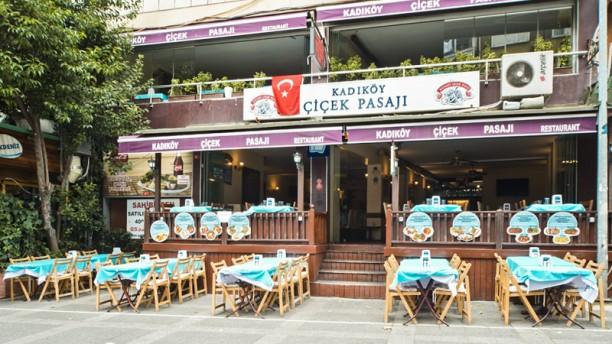 Kadıköy Çiçek Pasajı Terrace