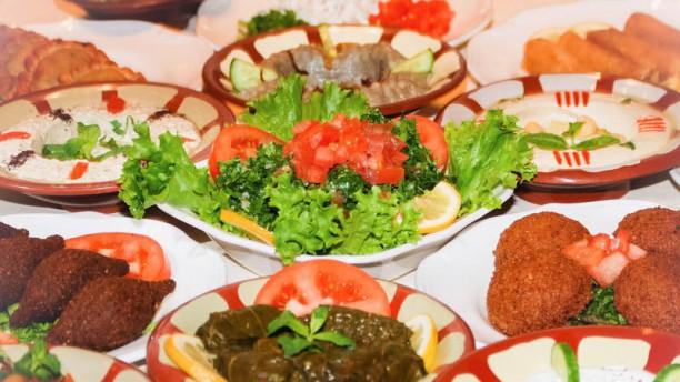 Oui Ce Restaurant Offre Une Cuisine Libanaise Auth Avis De