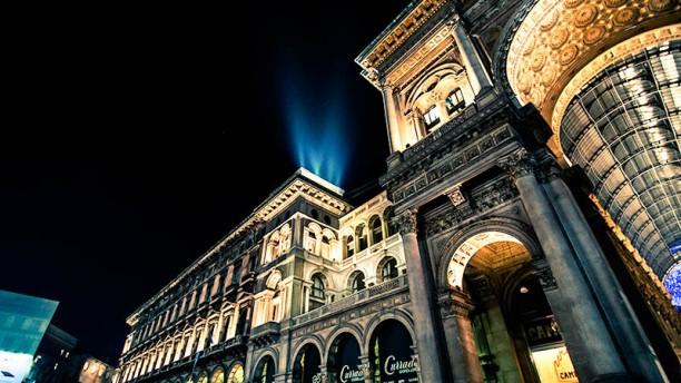 Duomo 21 Terrace Esterno dal basso Terrazza e Galleria