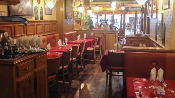 Chez Pierre aperçu de l'intérieur du restaurant