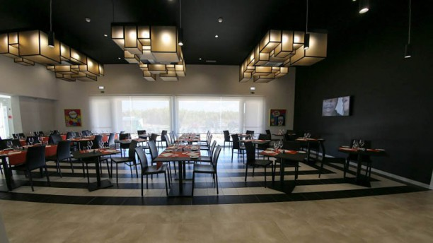 wOw Restaurant Vista da sala