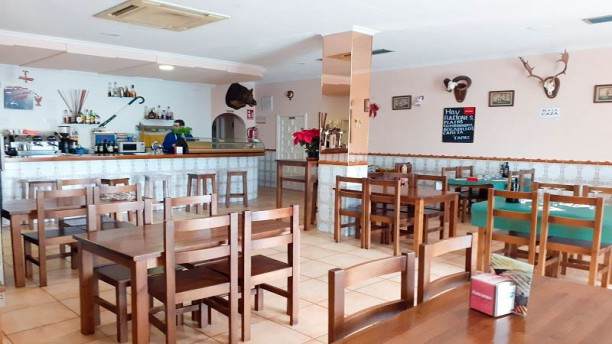 Hostal bar Granada Vista de la sala