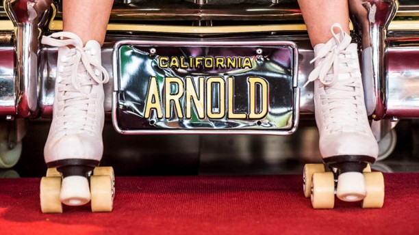 ARNOLD'S diner insegna