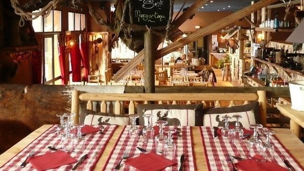 K2 Salle du restaurant
