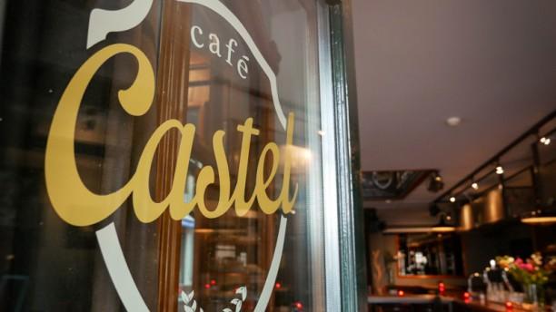 Cafe Castel | Eten & Drinken Ingang