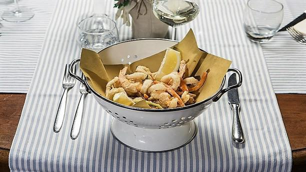Al solito posto Gran Fritto di Calamari e Gamberi con zucchine