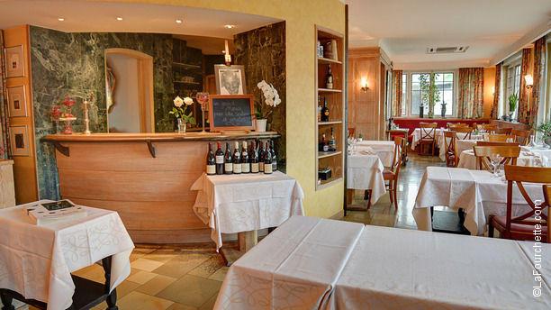 Restaurant louis xiii strasbourg neudorf plaine des bouchers menu avis prix et r servation - La table de louise strasbourg ...
