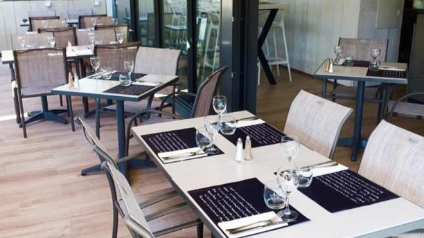 Restaurant le pointu th oule sur mer 06590 menu for Restaurant le pointu toulon