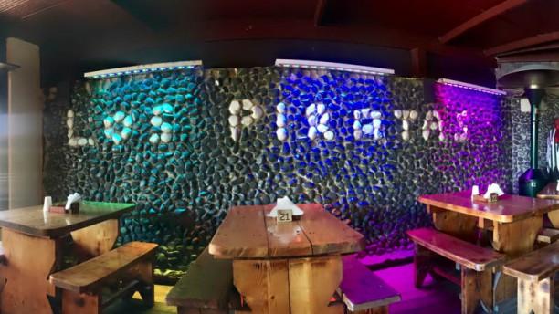 Los Piratas Pub Vista sala