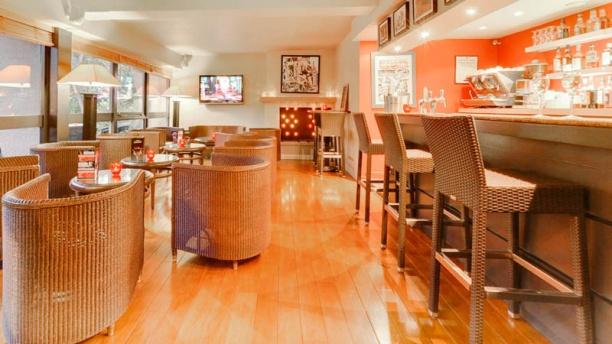 Le Woods Regina Salle et bar