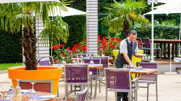 Novotel Café Gerland Terrasse