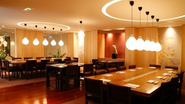 Hanawa salle côte Sushi Bar