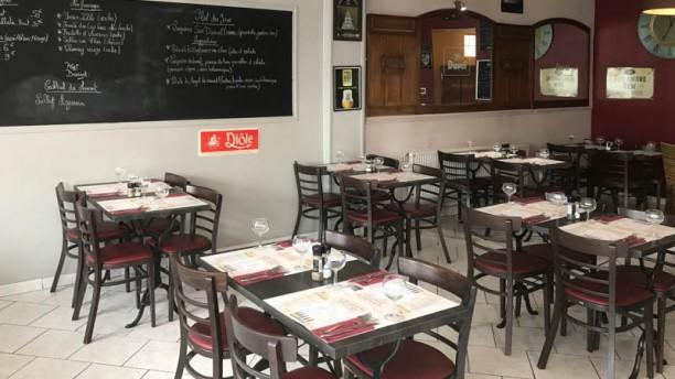 La Brasserie de Romainville Vue de la salle