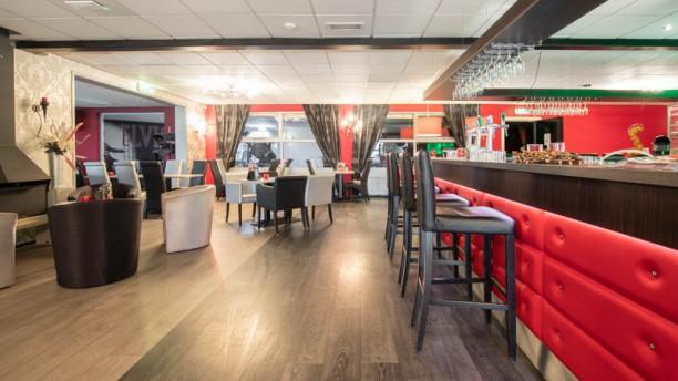 Grand Café Restaurant Suyderoogh Het restaurant