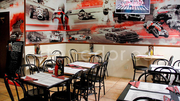 American Grill Texmex In Madrid Restaurant Reviews Menu And - Tex mex car show