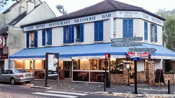 Le Pavillon Bleu exterieur